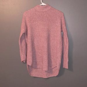 Cute and cozy pink American eagle sweater!